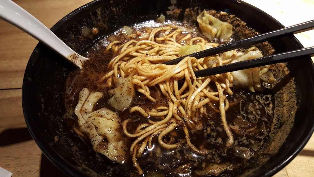 burnt miso ramen (gogyo)