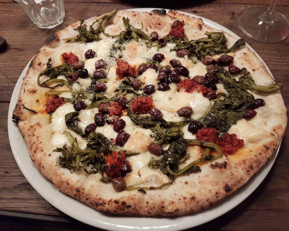 ciccio pizza.jpg