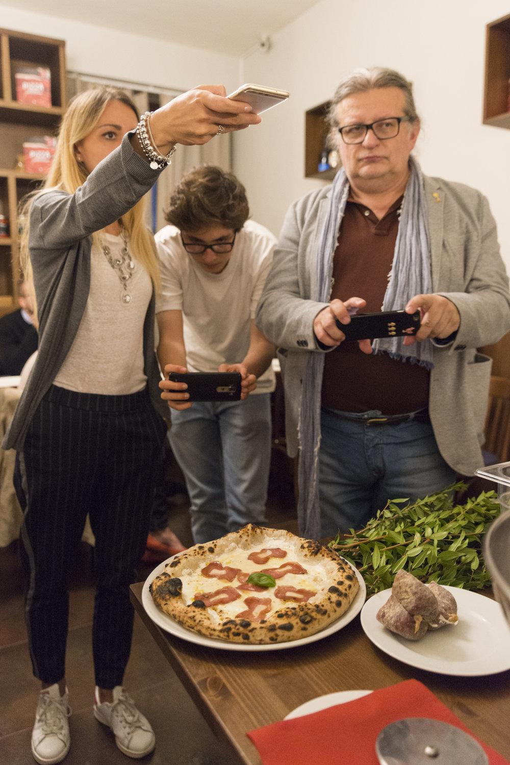 Margherita Daverio (Cannella e Confetti), Matteo Collotti (Cornicione.it), Emanuele Bonati (Scatti di Gusto), Foto Masiar Pasquali