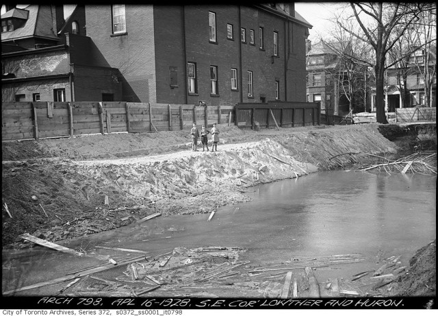 During an excavation at Lowther and Huron in 1928, part of what is possibly Taddle Creek flowed across the ground. Photo from the Toronto Archives Fonds 200, Series 372, Subseries 1, Item 798