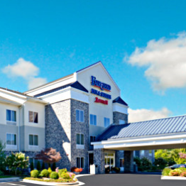 Fairfield Inn & Suites 2060 Blowing Rock Road Boone, NC 828-268-0677 marriott.com/hotels/travel/hkyfi-fairfield-inn-and-suites-boone/