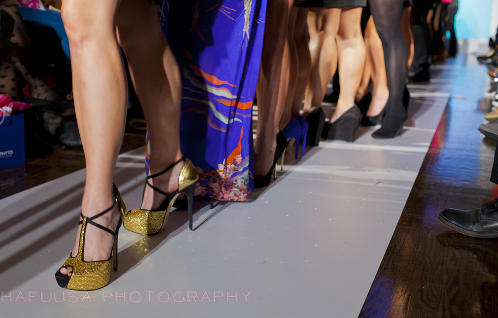 Stylist Shoe Game GOLD.jpg