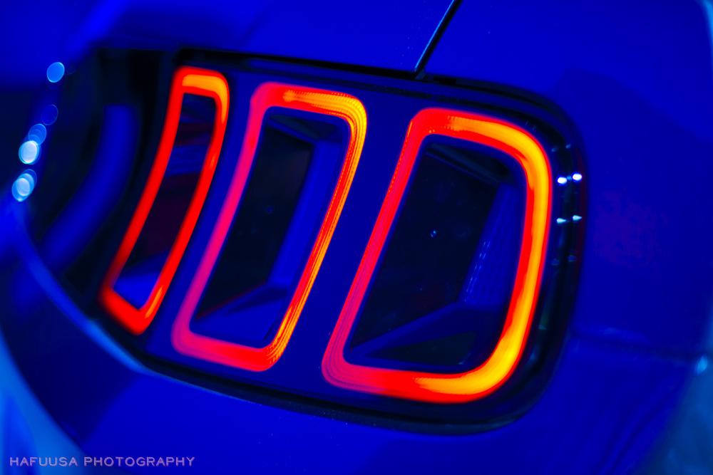 Ford Mustang Light.jpg