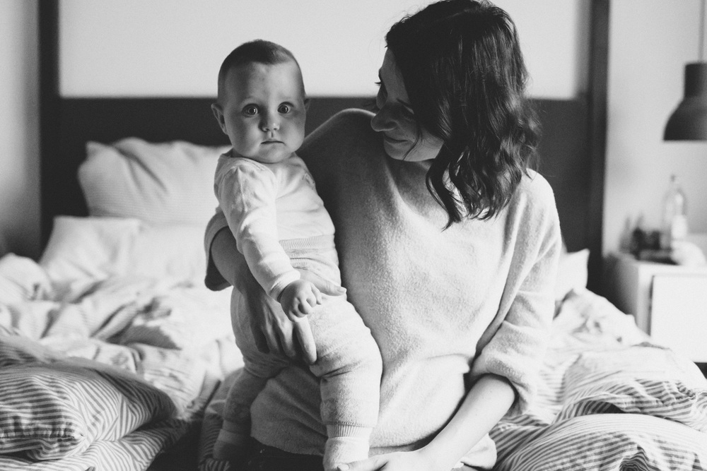 Motherhood moments. Baby snuggles are the best. www.houseofsmilla.com Lifestyle photography & lifestyle blog