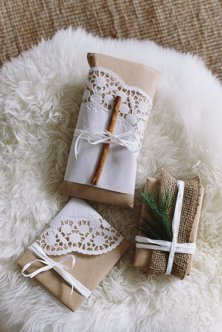 Simple, minimalist gift wrapping. Minimalize consumerism and give less gifts but more of your time this Holiday season. Focus on the love and enjoy some calm. www.houseofsmilla.com