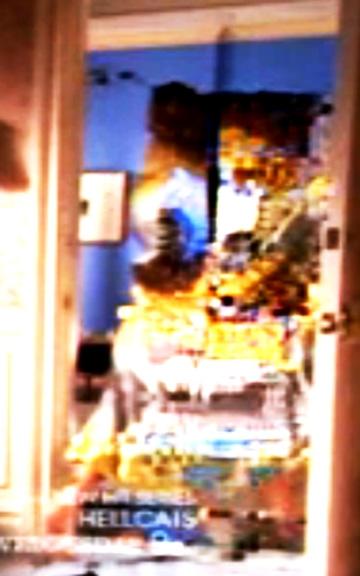 Glitch (Hellcats), 2011