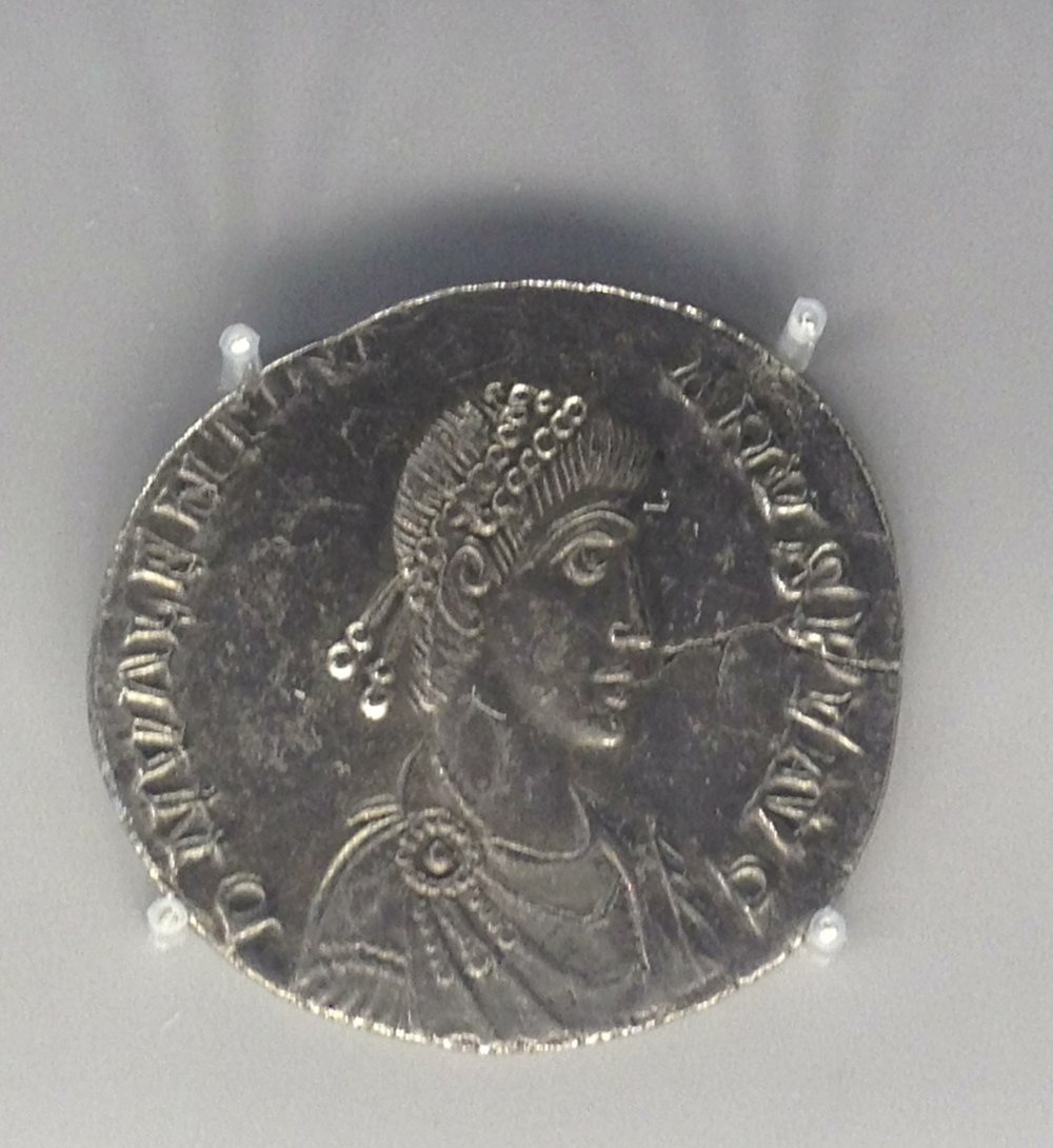 Miliarenge bus of Valentinian II