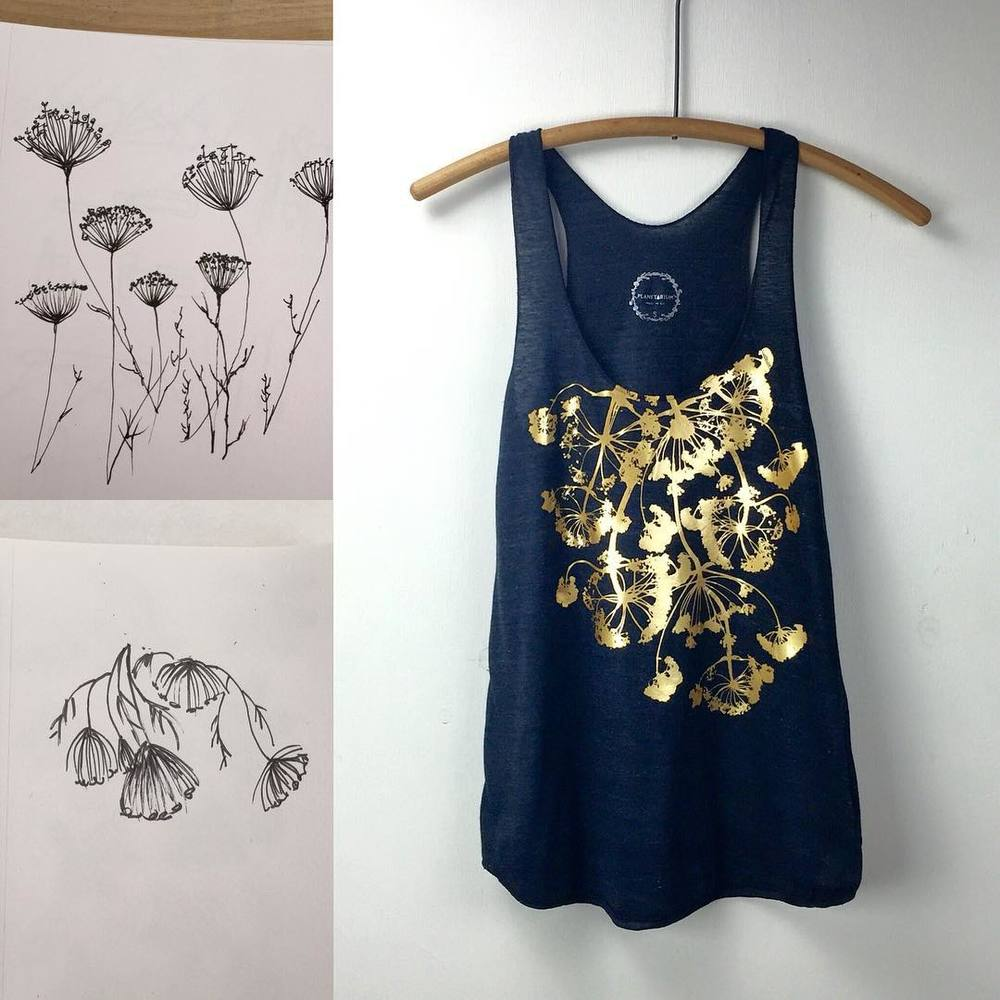 #PatternEvaluation I call it 👉🏻 the idea 👉🏻 then a #sketch 👉🏻 #illustration 👉🏻 forging/ collecting the desired plants 🌾 👉🏻 preparing the graphics on the computer 👉🏻 finally #screenprinting the tank top *there's a few more steps but it was getting too long ☺️😊 yep the screen printing is a lengthy process! #planetariumdesignstudio #textiledesign #planetariumdesign #textiledesign