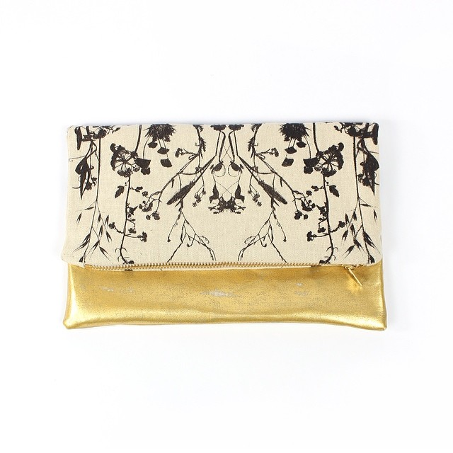 #GOLD it is! #planetariumdesign #textiledesign #clutch #screenprint