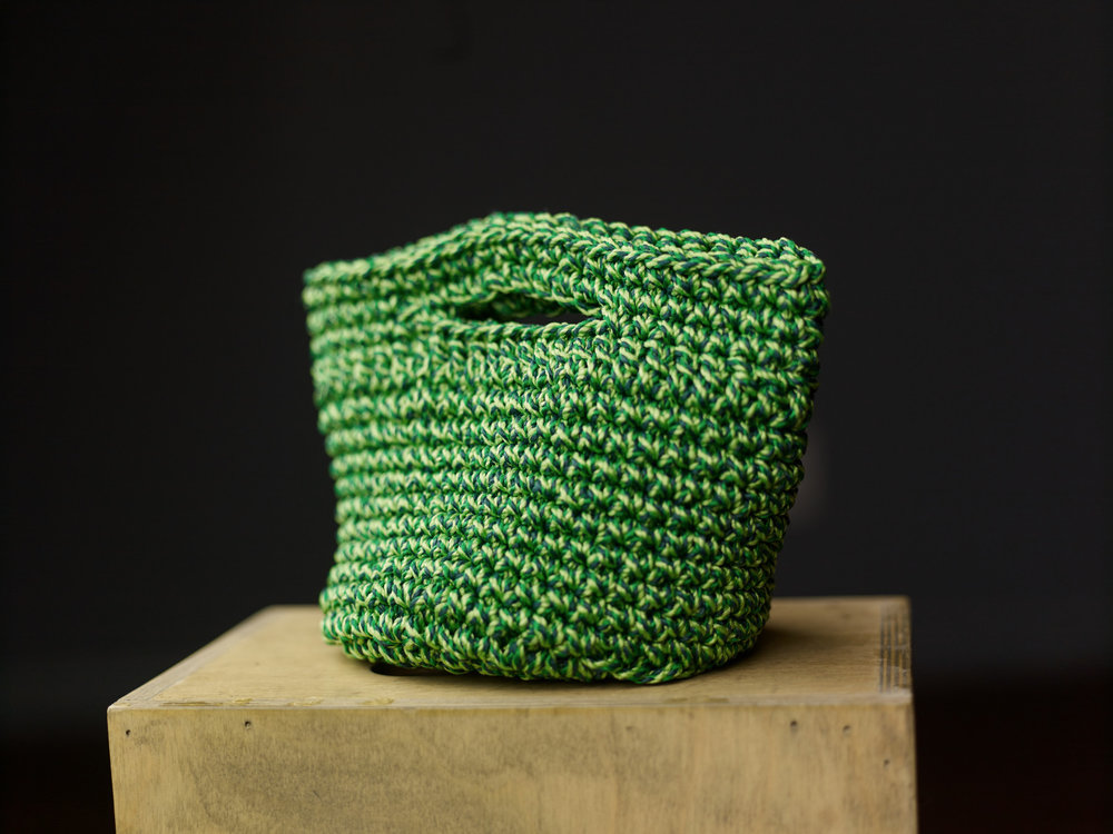 large green basket with handle.jpg