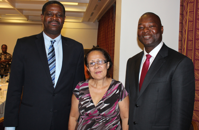 Vice-président Alfred Metellus, Envoyée spéciale Emilia Pires et Président Kaifala Marah