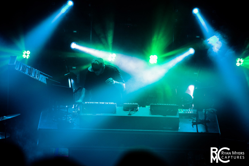 Pretty Lights (10.23.13)-270.jpg