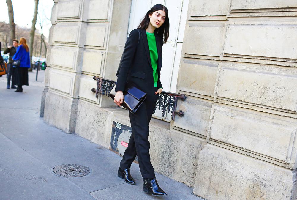 pfw-street-style-day-1-009_112651523282.jpg