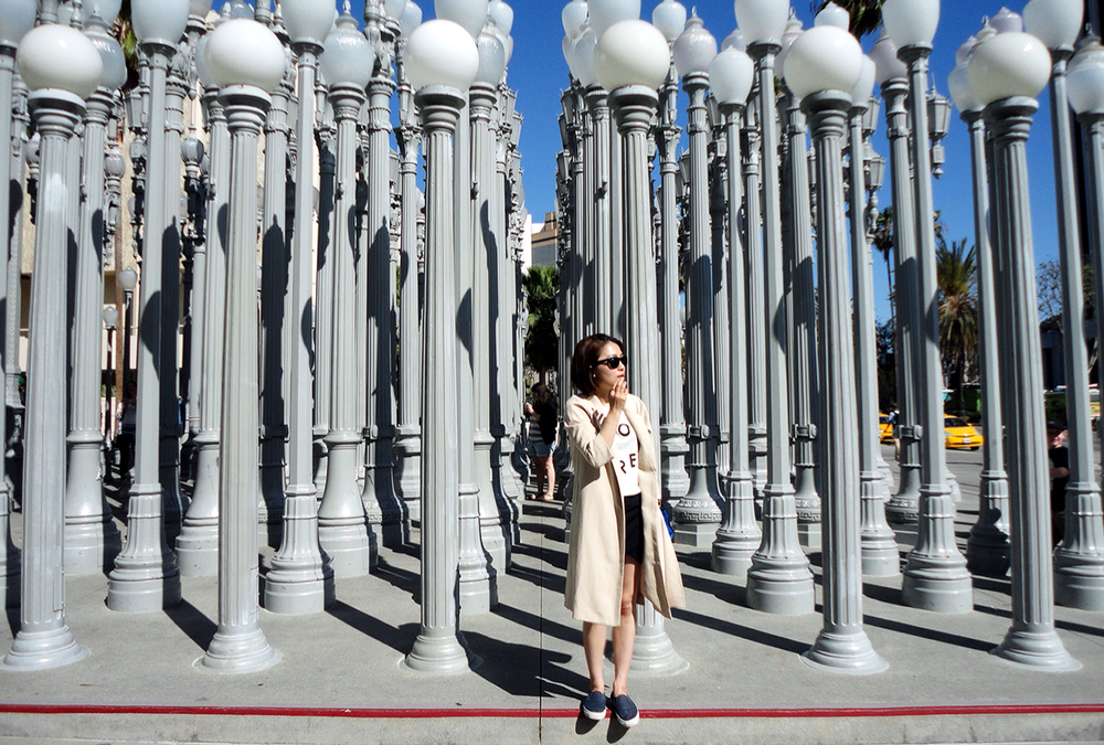 simple-chic-lfe-look-of-the-day-lacma-6.JPG