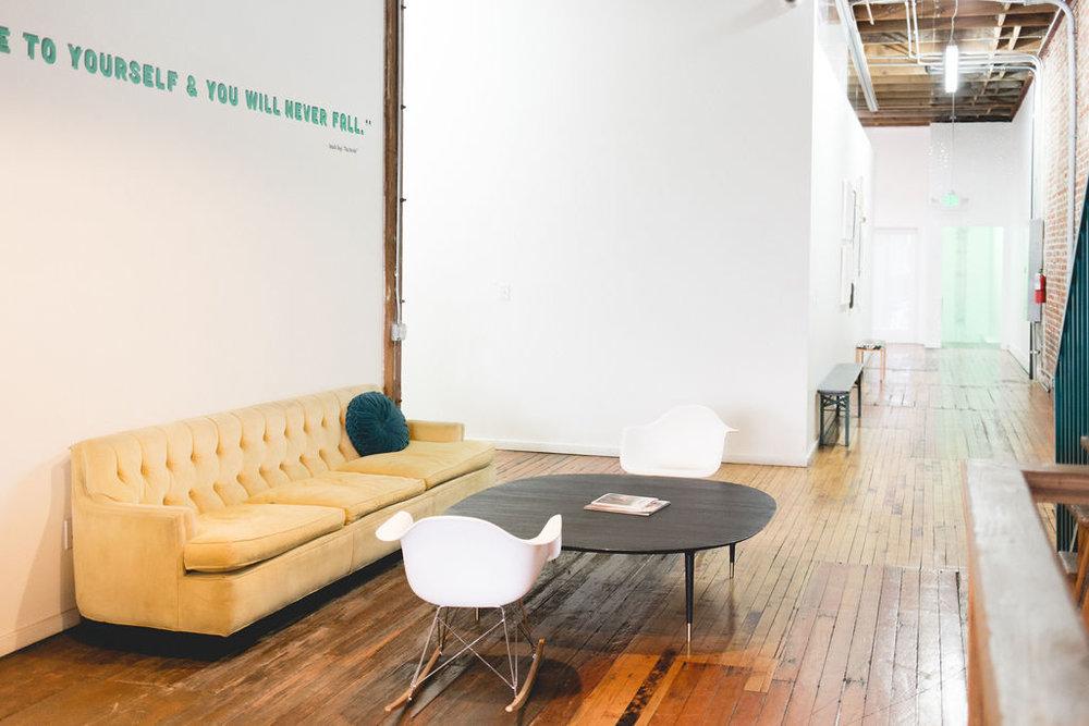 The_Unique_Space_Val_Vogt_Office_Space