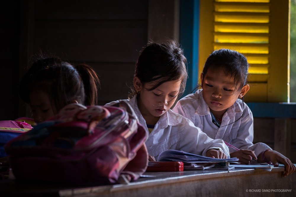 In the class in Tonle Sap orphanage school.  Fujifilm X-T1, Fujinon 50-140mm   2.8