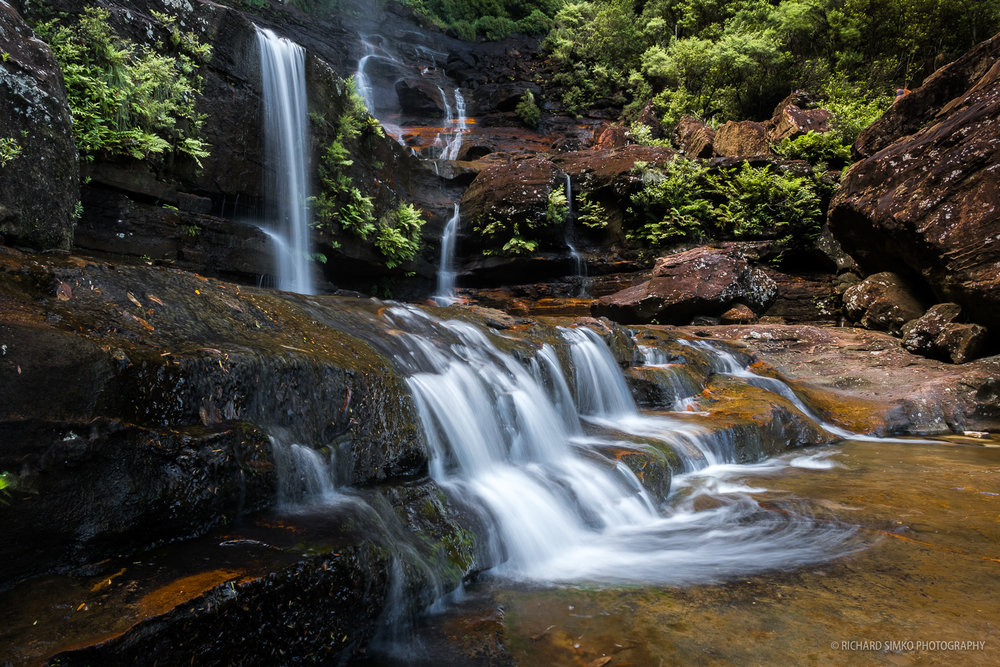 The first water cascade on the Wentworth Falls track.
