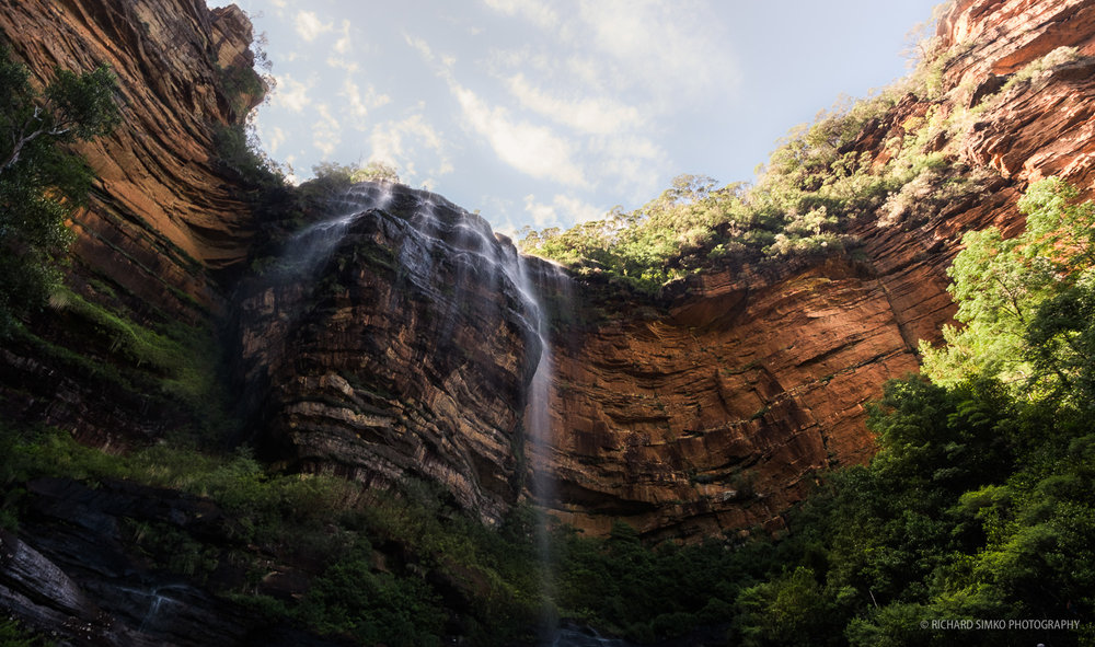 Wentworth Falls, the big one, looking up from canyon.