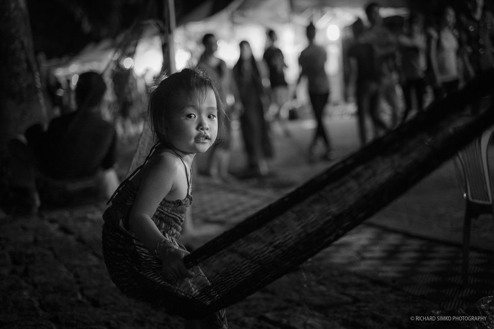 Girl in the hammock, Fujifilm X-E1, XF 35mm f/1.4 R