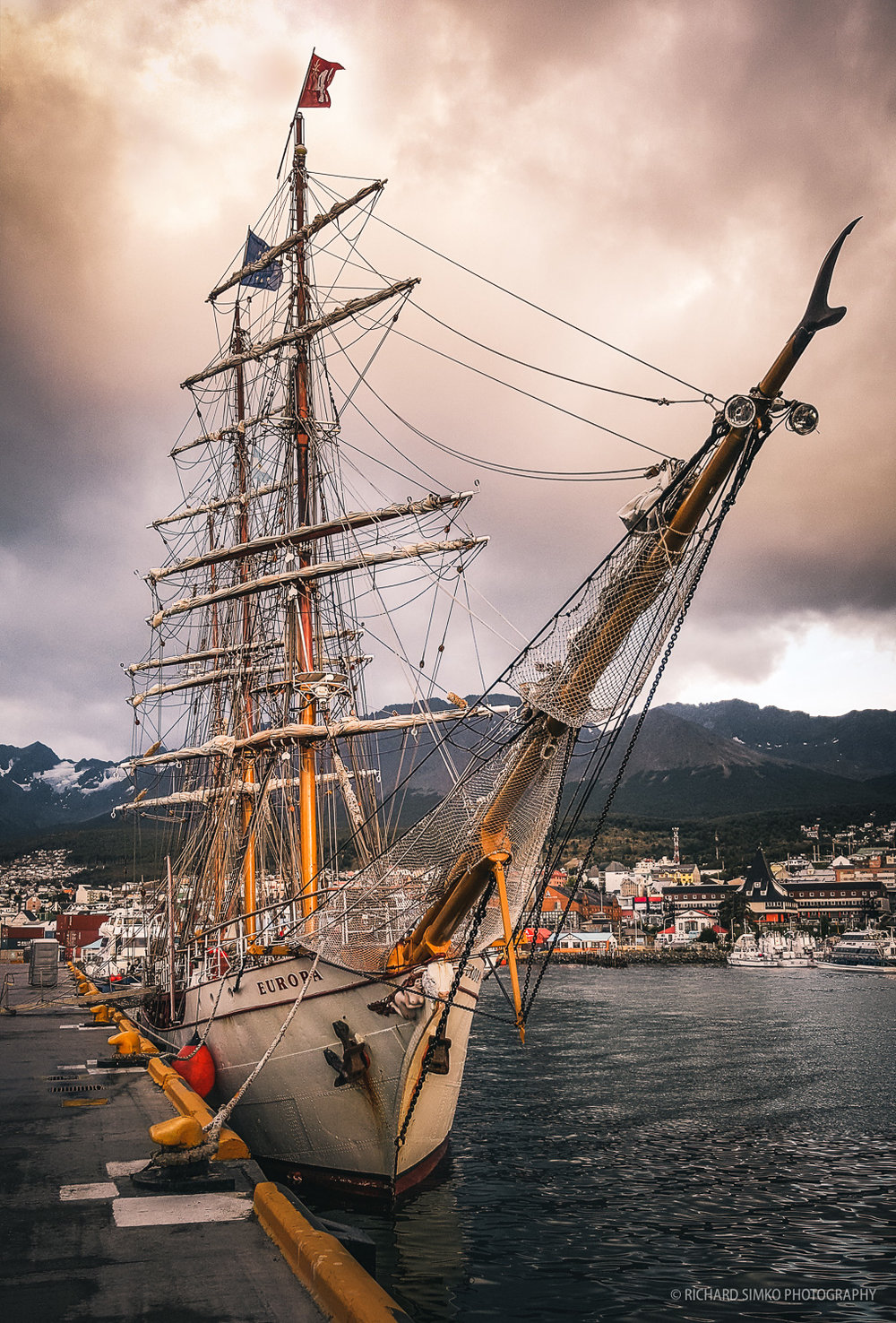 Europa back in Ushuaia. Shot with Samsung Galaxy Note 5.