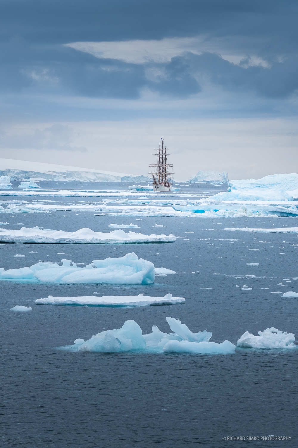 On place like this it is not possible to drop the anchor. Ice is constantly moving and so is the ship. It takes some effort from the crew to manoeuvre safely in the middle of this ice field.