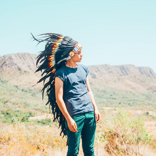 For the human spirit, the wilderness isn't a luxury. It's a necessity 🌵🗻 @aleeecastro  #aureusarts #festivalcostume #indianheaddress #edmlife #burningman #headdress #warbonnet #feathers #edm #edc #plur #featherheaddress #indianheaddresses #plur #rave  #raver #ultra #tomorrowland #tomorrowworld #edmoutfit #plurwarriors #boho #gypsy #bohemian #ShopLinkInProfile 💎