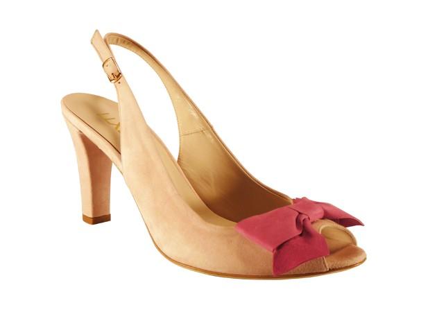 llxllq sandals.png