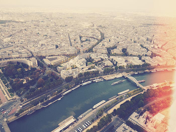 TRAVEL PLAYLIST: PARIS