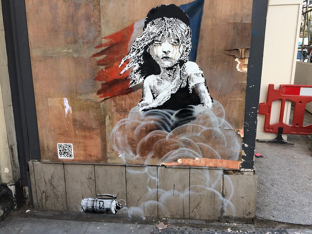 Arts Crafts Banksy London Life In Paradigm