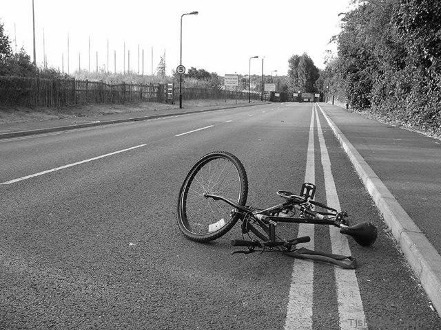 wrecked-bike2-bw.jpg
