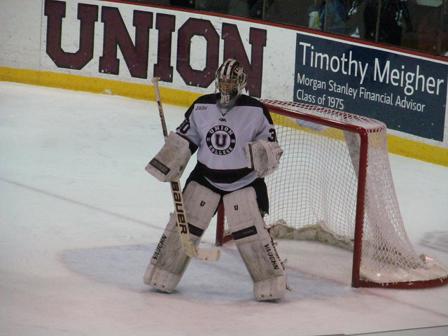 Union goalie, Colin Stevens, will need to bring his .931 save percentage to help his Dutchmen move onto Philadelphia. Their first round match-up is against Vermont.  © Doug Kerr used under Attribution-ShareAlike License