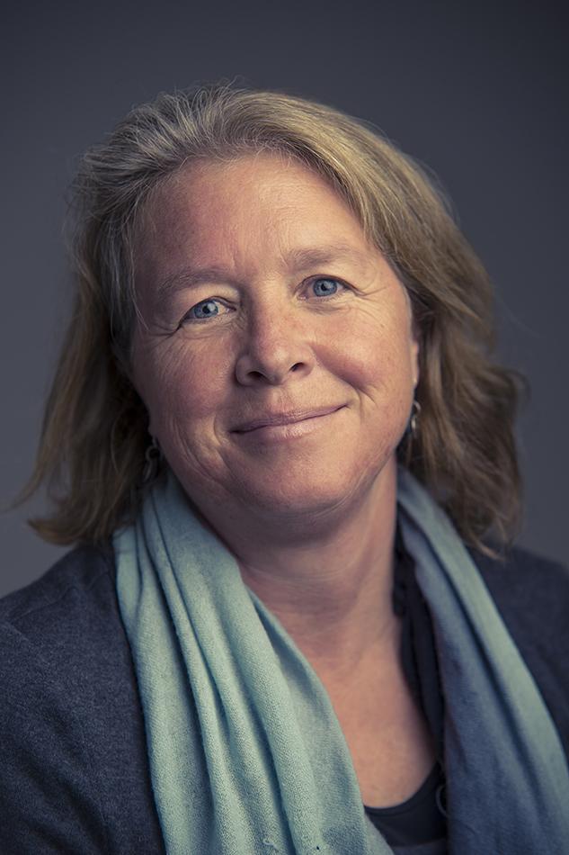 Julie Buckles