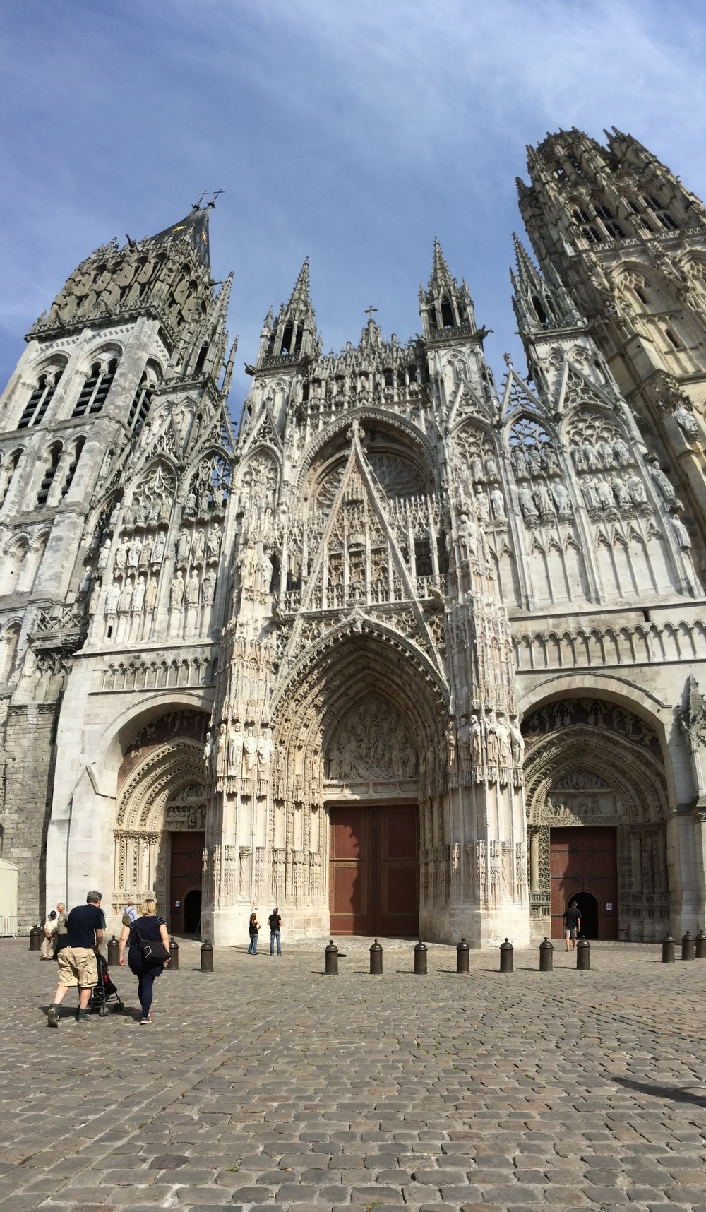 Rouen Cathedral - so spanky clean I hardly recognized it!