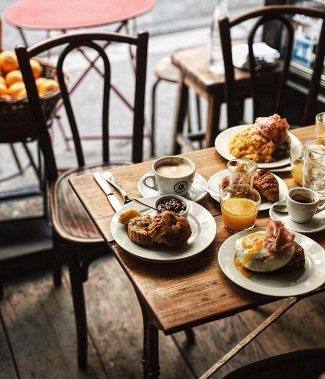 #breakfast #buvette #buvetteparis #pigalle #lefooding @lefooding regram @tifforelie