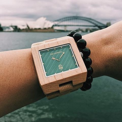 The Garwood life = the travel life... Today from Sydney Australia thanks to @dogdrive #thegarwoodwatch #woodwatch #thegarwoodlife #thegarwoodone7 #downunder