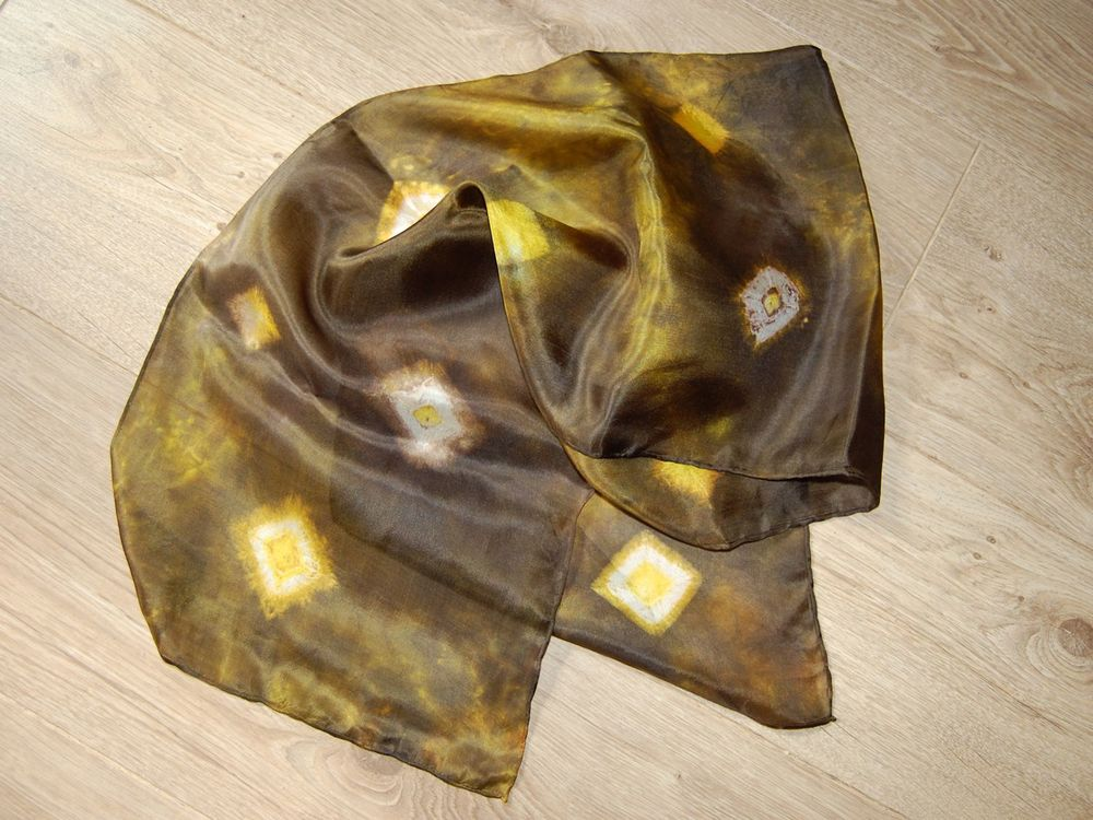 Kira Withers-Jones Diamond scarf 3.jpg