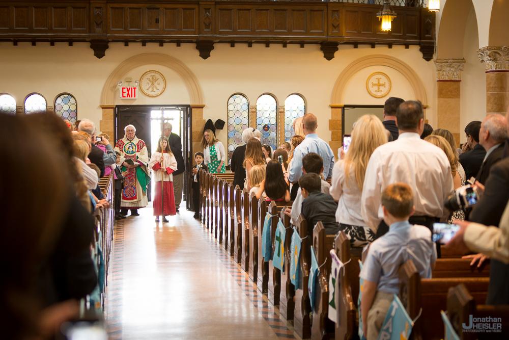 Communion_ St. Ignatius Martyr Church  _ Long Beach NY  _  Jonathan Heisler _018.jpg