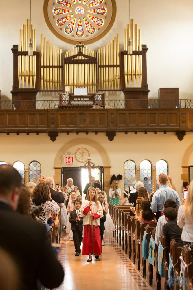 Communion_ St. Ignatius Martyr Church  _ Long Beach NY  _  Jonathan Heisler _019.jpg