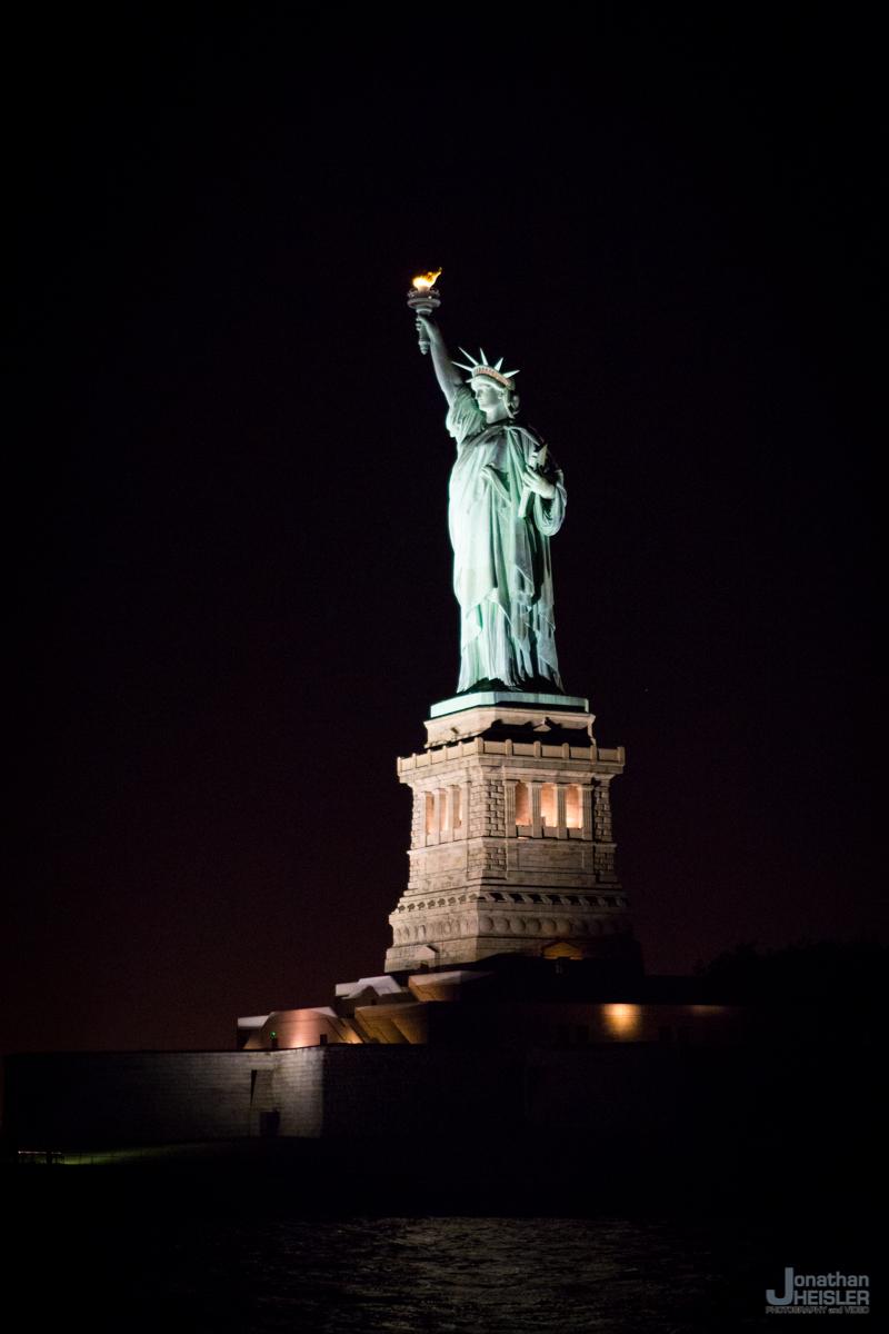New York City Boat Cruise_ Wedding Reception  _ Skyline  _  Jonathan Heisler _008.jpg