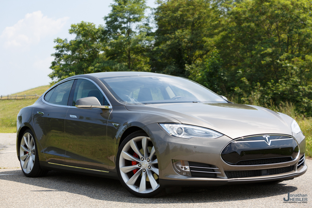 Tesla Motors P85D _ Jonathan Heisler _ Magnises _ Monmouth Jet Center (3).jpg