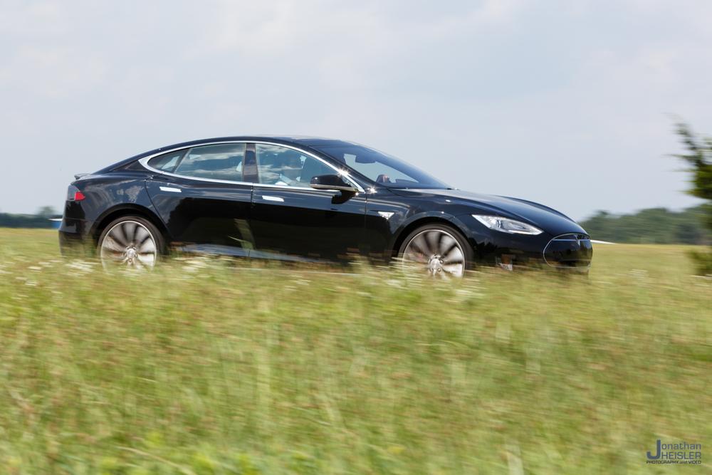 Tesla Motors P85D _ Jonathan Heisler _ Magnises _ Monmouth Jet Center (5).jpg
