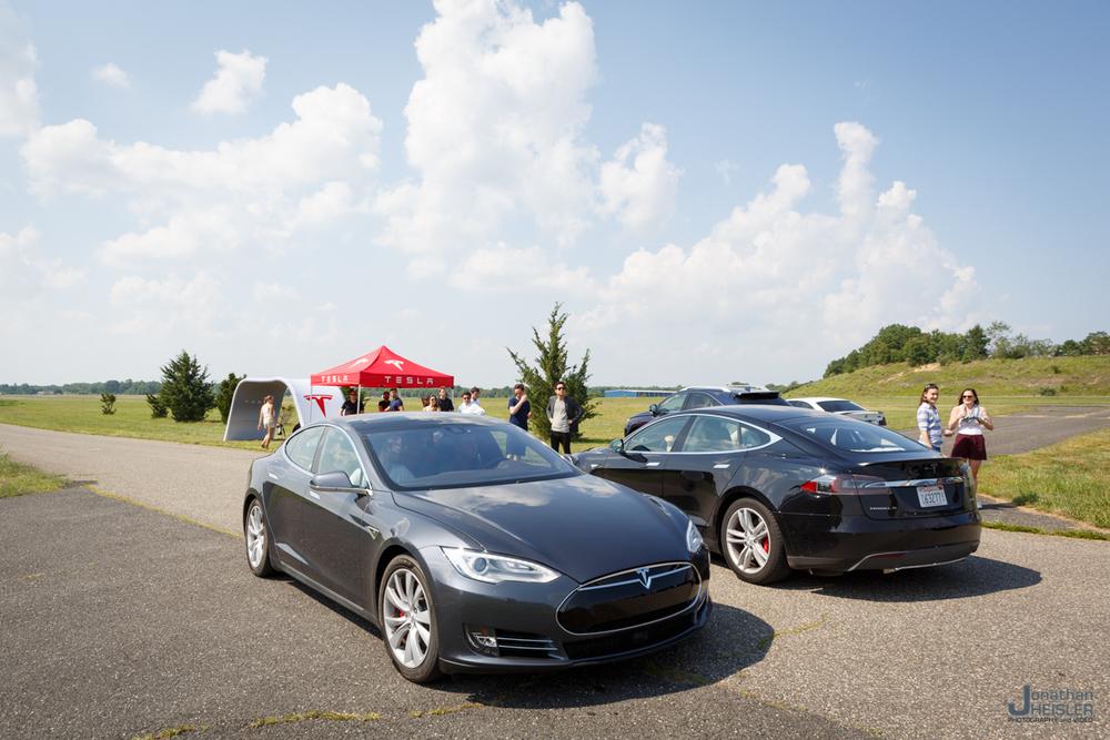 Tesla Motors P85D _ Jonathan Heisler _ Magnises _ Monmouth Jet Center (7).jpg