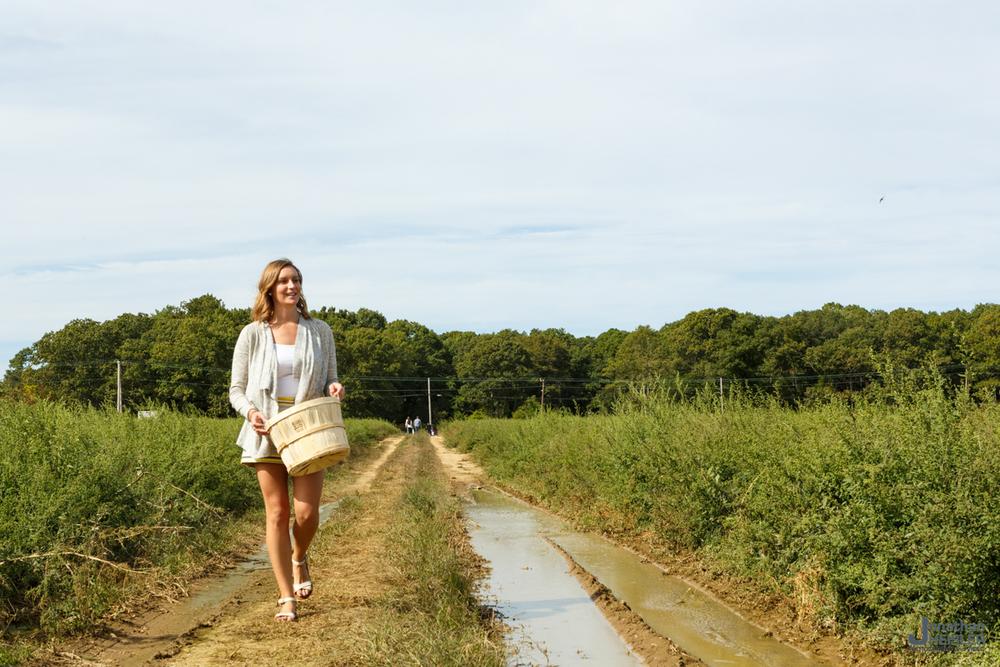 Lewin Farms Apple Picking _ Long Island _ Jonathan Heisler.jpg