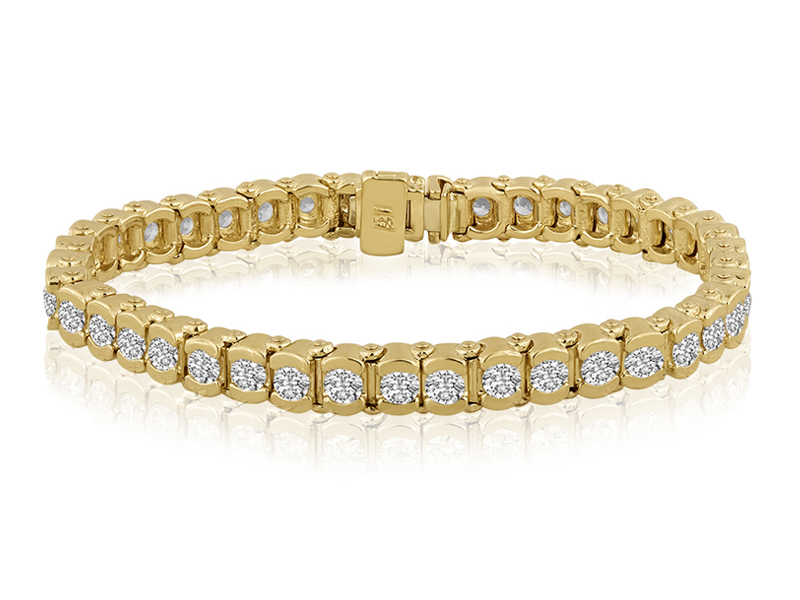 786  This is the heavyweight of our classic add-a-link bracelet styles.  Each hand-set semi bezel features a 3.2mm diamond and when you add them all up you get a bracelet that truly dazzles with the visual impact of well over 5 CT of exquisite diamonds.