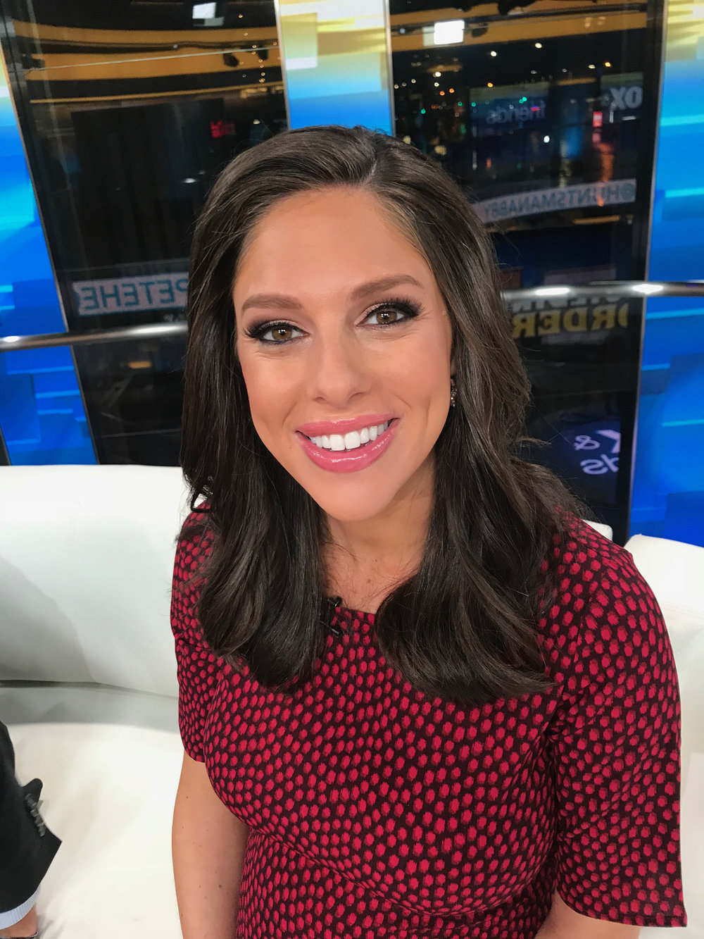 "Abby Huntsman- ""Fox & Friends"" (Makeup)"