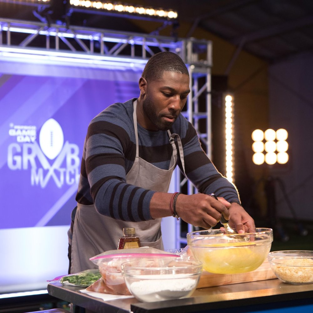 "Greg Jennings ""Game Day Grub Match"" (Former Miami Dolphins)"