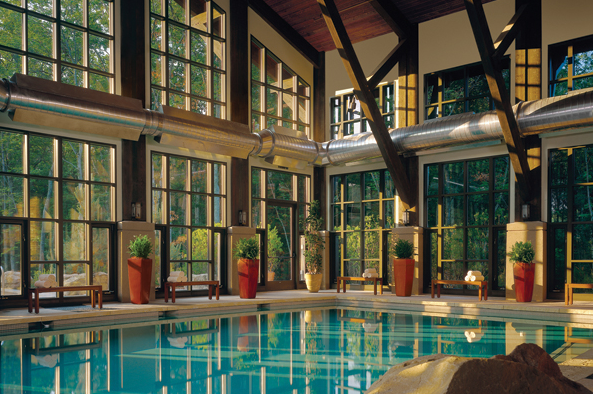 lodge-at-woodloch-pool