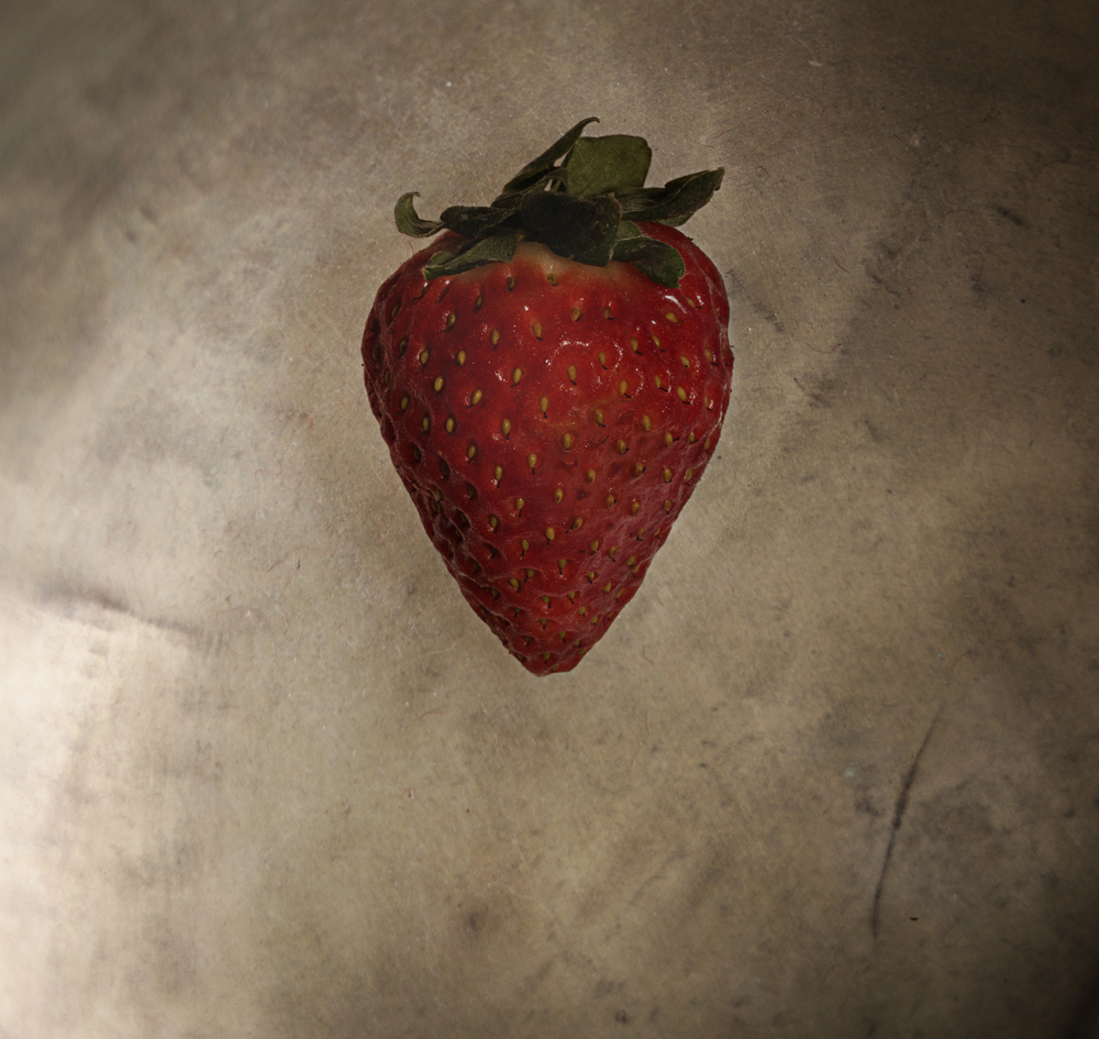 StrawberryOnBackground.jpg