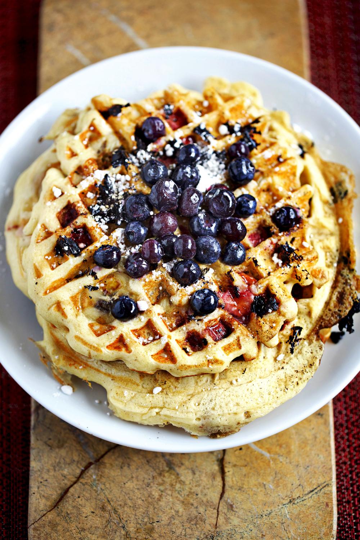 BlueberryStrawberrryBananaWaffles01.jpg