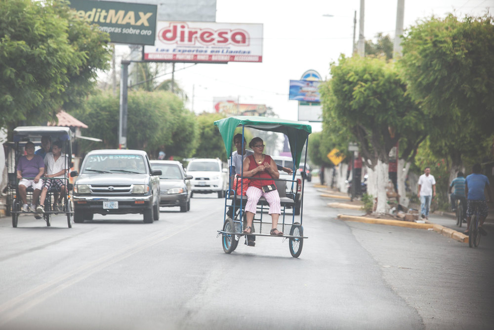 pedicab_woman_web.jpg